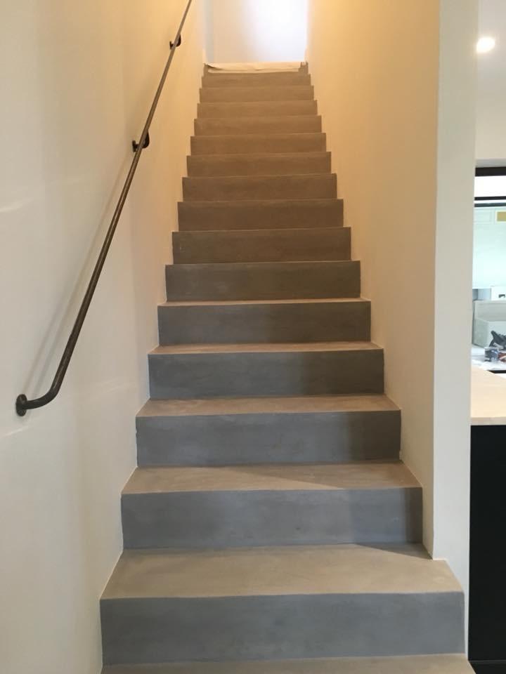 escalier en résine.jpg