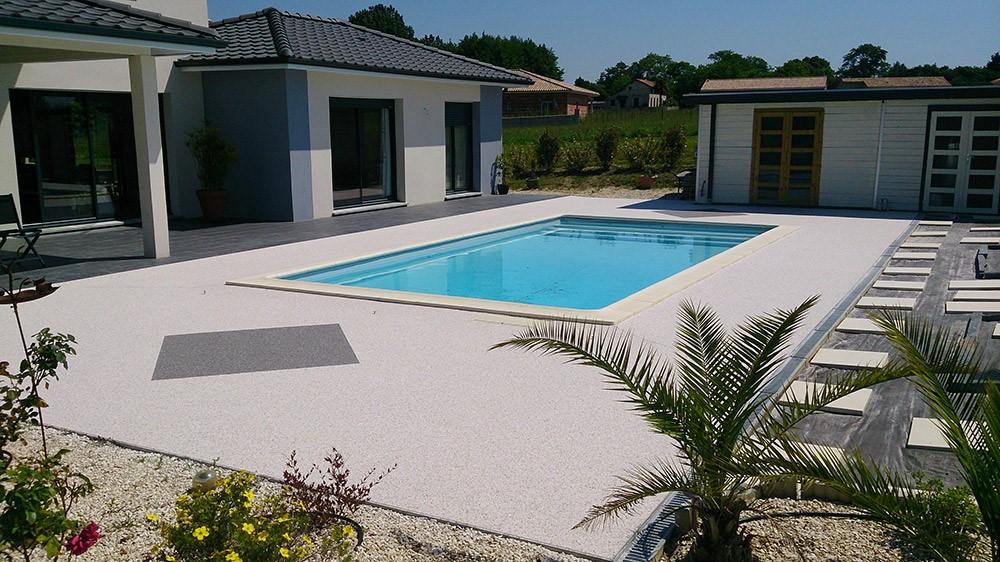 Terrasse plage de piscine