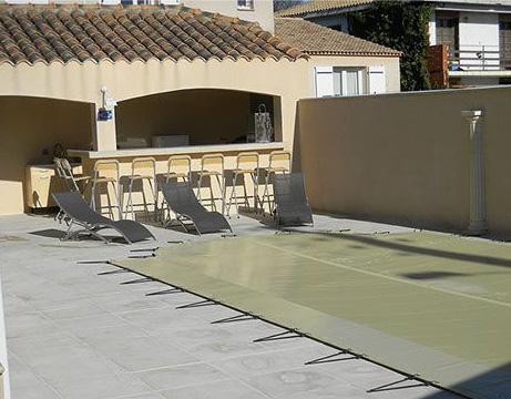Aménagement extérieur et plage de piscine